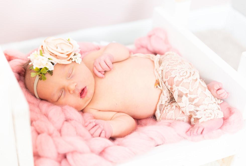 HarperKane_Newborn-54.jpg