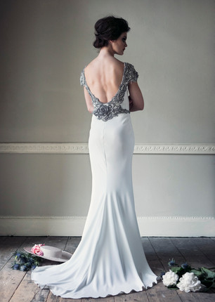 Ceire Gown