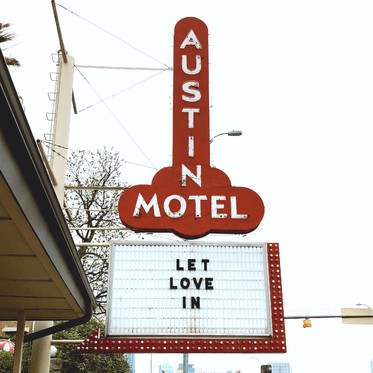 Where to Eat, Stay & Spend Time in Austin
