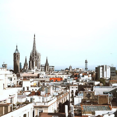 Where to Eat, Stay & Spend Time in Barcelona
