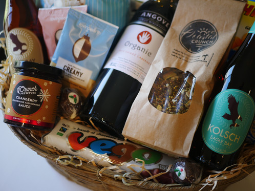 Family favs hamper crateful australia vegan hampers gluten this hamper is full of all the favourites for the whole family vegan gluten free option negle Choice Image