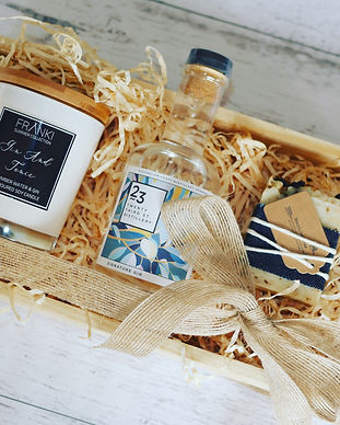 Gin Lovers Crate.jpg