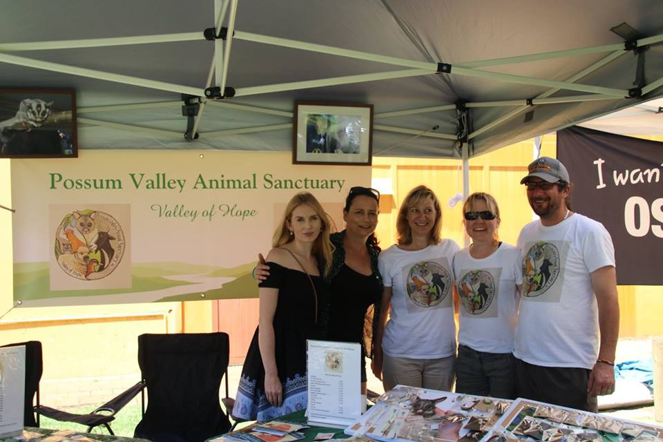 Sue and I with the amazing people from the Possum Valley Animal Sanctuary - photo courtesy of The Cruelty Free Fair https://www.facebook.com/theperthcrueltyfreefair/?fref=ts
