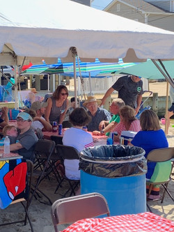Good food & conversations on the Bay Beach