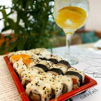 Sushi + Gin Tonic