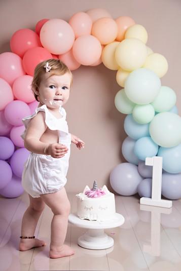Cake Smash Photographer in Bracknell.jpg