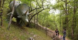 Le parc aux dinosaures