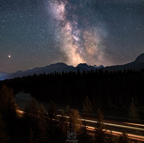 milkyway-curve_for-web.jpg