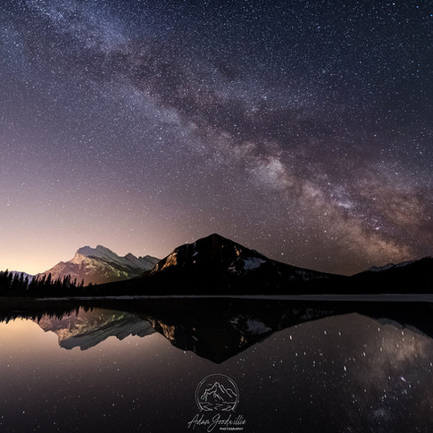 Vermilion-lakes-milky-way_for-web.jpg