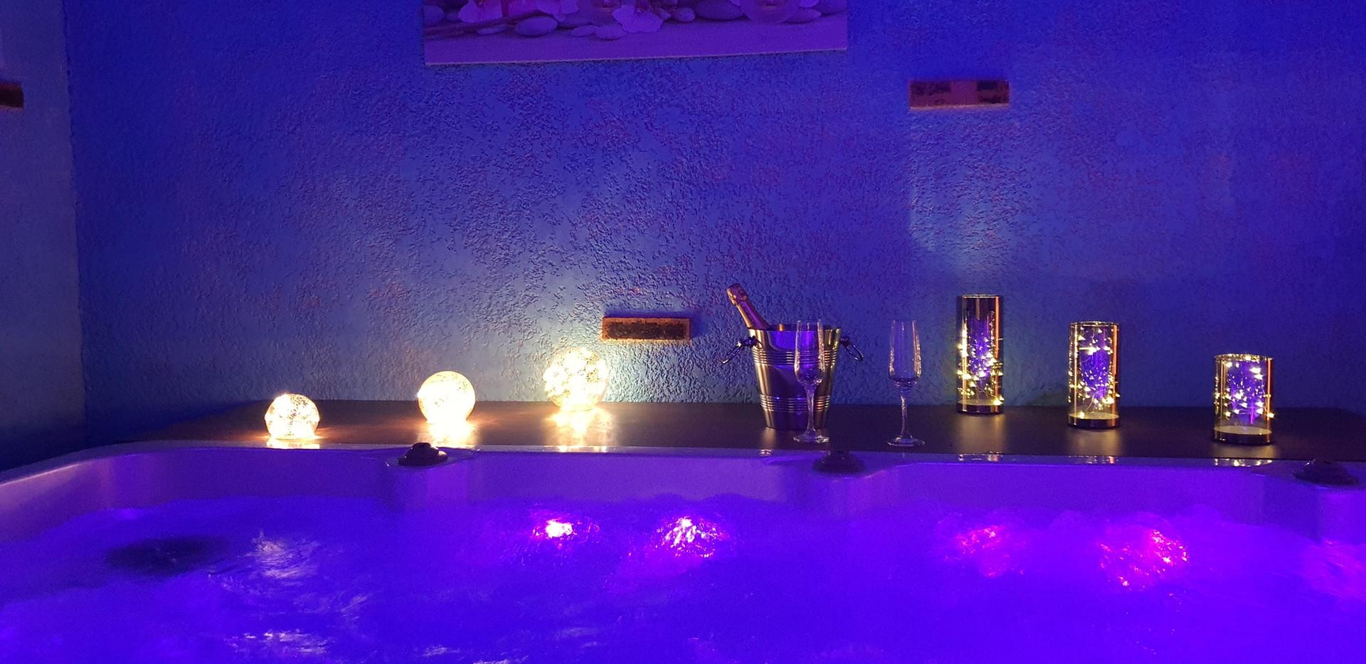 Les lumignons du spa avec l'option Fèèrie d'amour