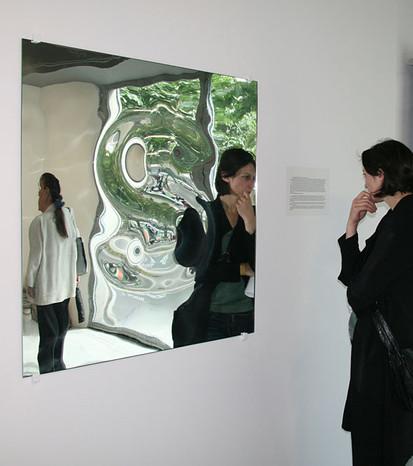 L'Argent, art&science works production for the group show - FRAC - Ile-de-France Le Plateau, Paris, 2008