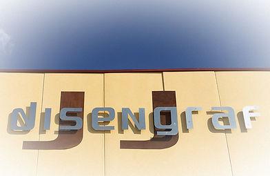 fachada-disengraf_edited.jpg
