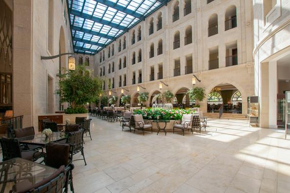 חצר מלון אסטוריה, ירושלים