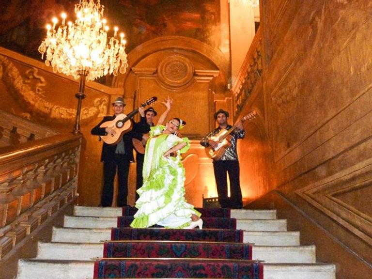 soirée sur le thème de l'Espagne - danseuse-flamenco-Espagnole