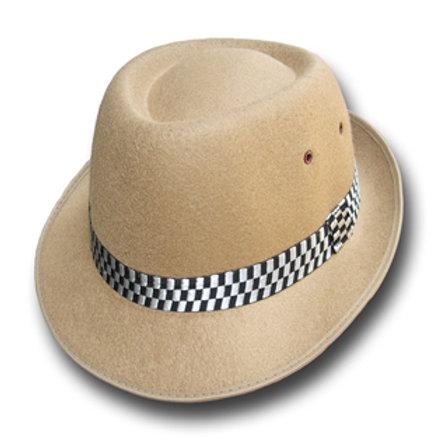 Chapeaux marron clair