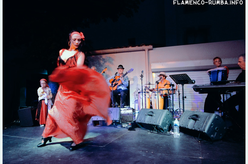 danseuse flamenco, guitariste rumba catalane, groupe rumba flamenca, spectacle, Gard, animation repas