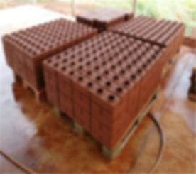 Hr1-10-Lego-Interlocking-Brick-Machine-Hydraulic-Bricks-Making-Machine.jpg