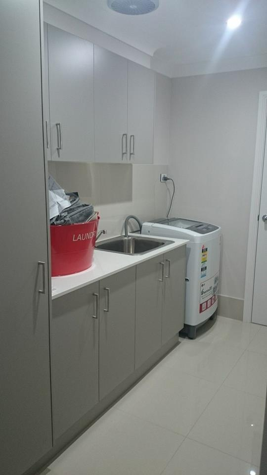 Laundry by SMW - 20mm stone top