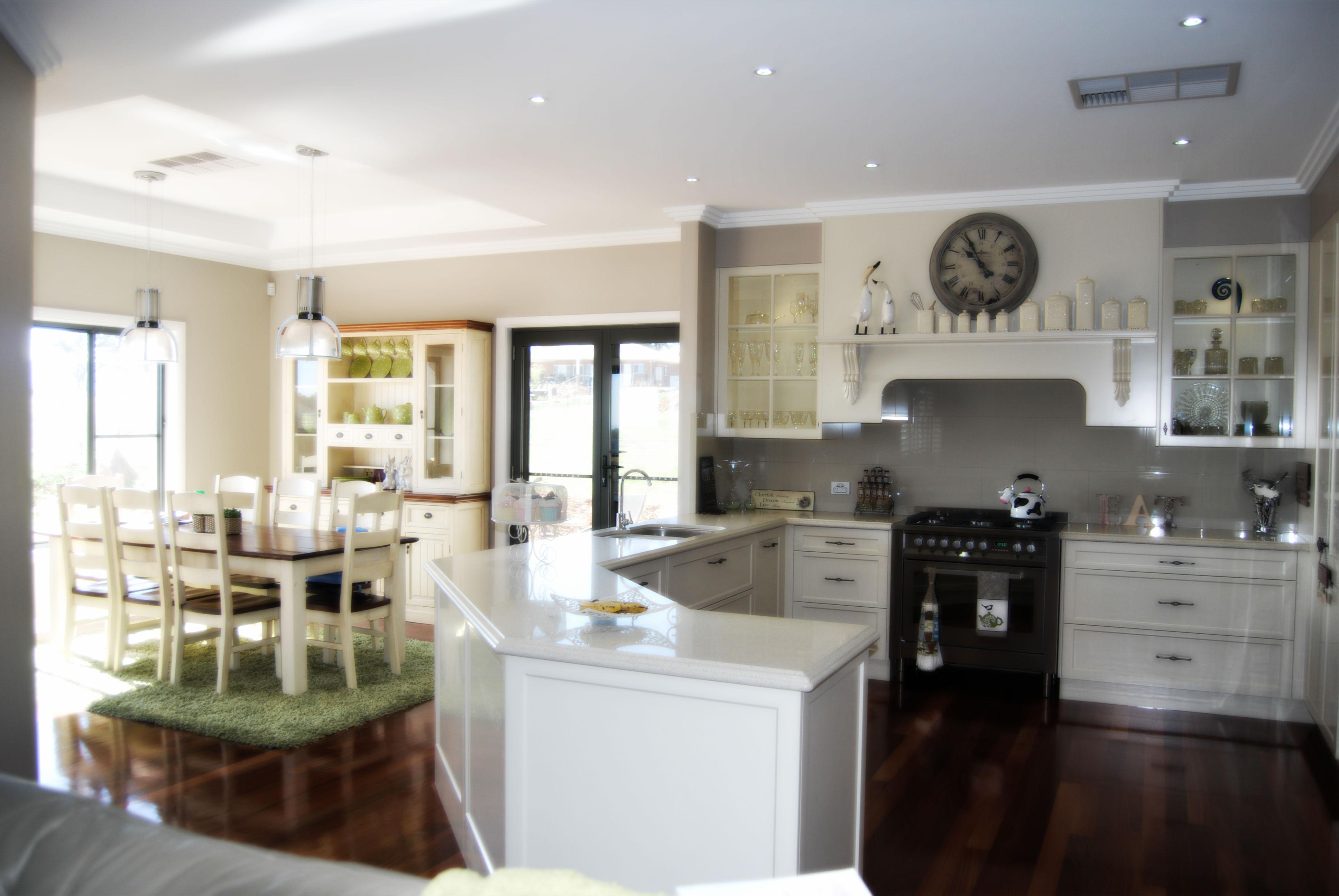 Urquhart Kitchen by SMW