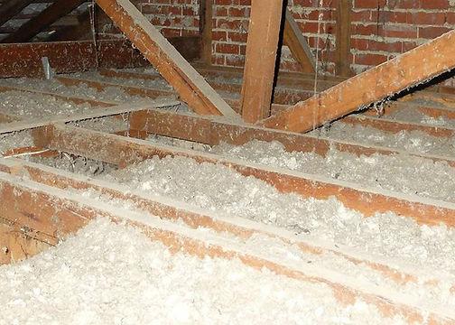 Loose-Fill-Asbestos-Insulation.jpg