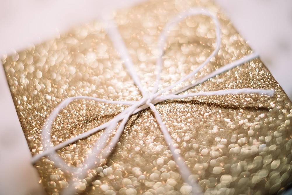 gift, glitter, gold present