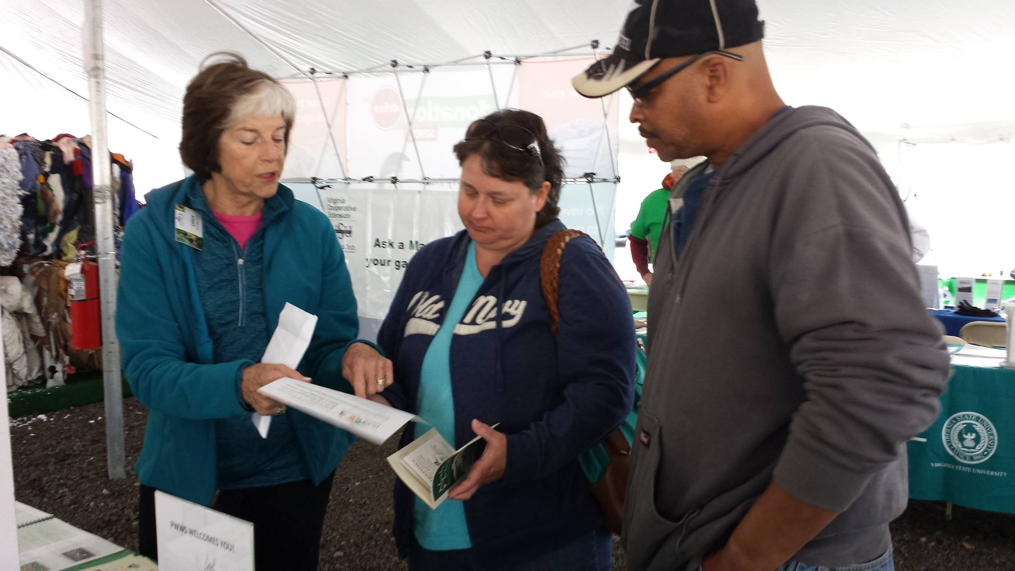 Oct 2015 Checking out the Native Plants for Northern Virginia guide