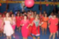 danse sous chapiteau, mariage, chorégraphie de groupe, danse enterrement vie de jeune, mariage sous chapiteau de cirque
