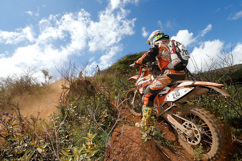 action-day-2_red-bull-minas-riders_7M_9646_1200