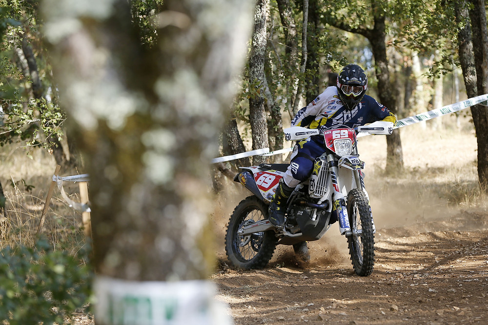 mathias-bellino-ewc-round-8-france