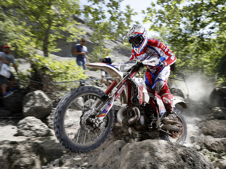 HOLCOMBE EXTENDS ENDUROGP WORLD CHAMPIONSHIP LEAD