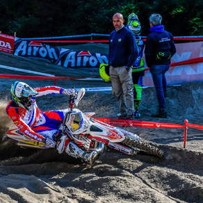 HOLCOMBE CROWNED 2018 ITALIAN ENDURO CHAMPION