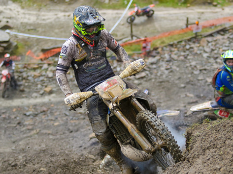 Fast Eddy Racing returned to Cowm Quarry, one of the most famous UK extreme enduro venues
