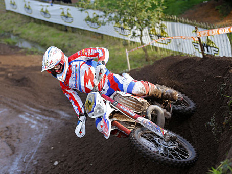 HOLCOMBE & GARCIA WIN ON DAY ONE OF THE FUNNELWEB FILTER ENDUROGP OF GREAT BRITAIN