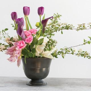 Mabel vase 7x5 Rental $5 Retail:18.99
