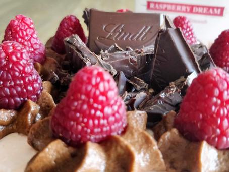 Raspberry Dream Semi Naked Cake                                                - Kooperation mit Lin