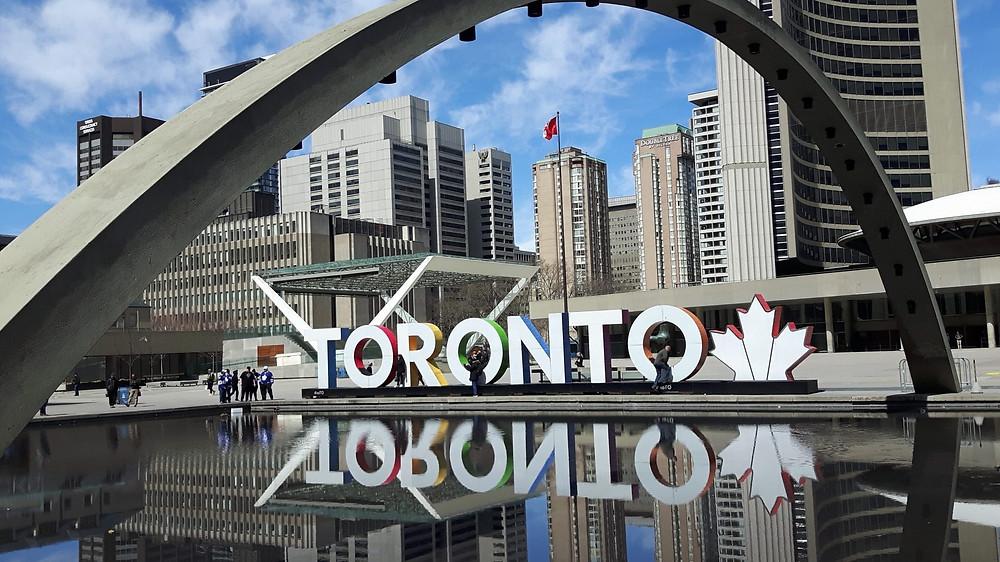 El letrero icónico de Toronto está recibiendo un cambio de imagen importante, anunció la ciudad el jueves.