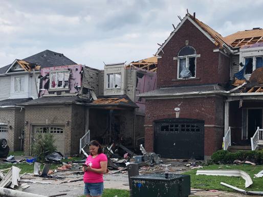 Se estima que 60 casas quedaron inhabitables después del tornado en Barrie