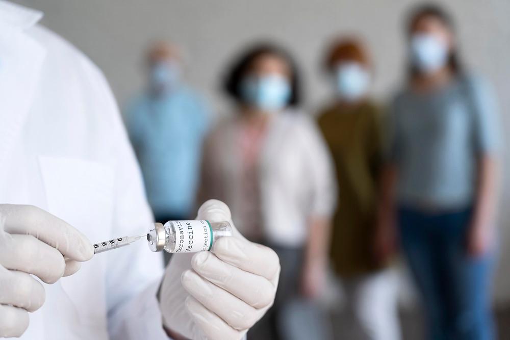 El número de nuevos casos de COVID-19 en Ontario cae por debajo de 800.