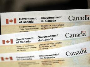 El gobierno federal envió $ 9 millones en fondos de ayuda COVID-19 a personas fallecidas.
