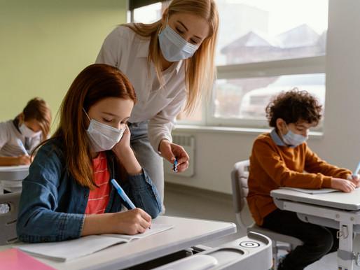 Algunos maestros elegibles no podrán recibir su vacuna COVID-19 esta semana