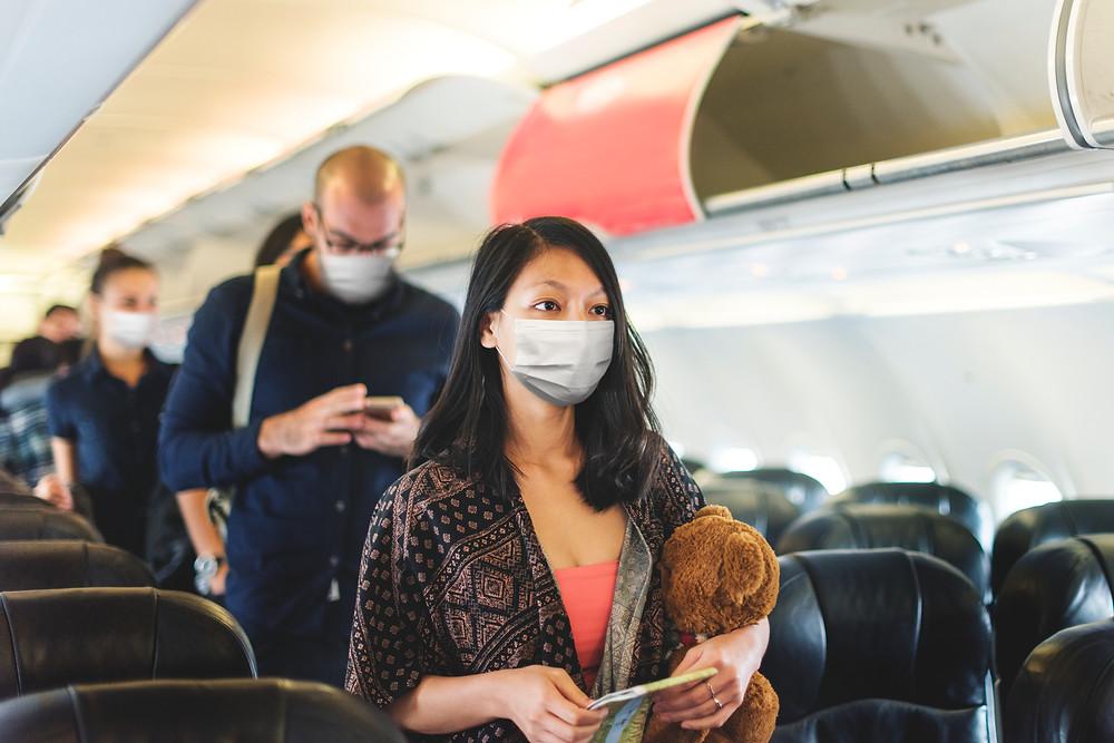 Más de 5.000 viajeros internacionales han dado positivo para COVID 19 desde febrero.