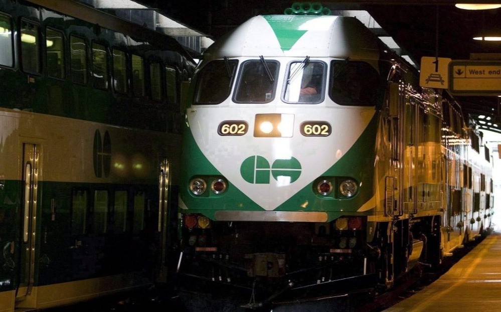 Un tren GO en Union Station en Toronto.