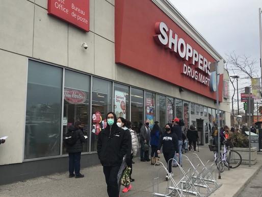Algunas farmacias de Toronto están vacunando contra el COVID-19 sin cita previa