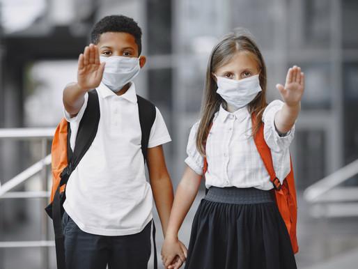 Toronto Public Health cierra tres escuelas debido a brotes COVID-19