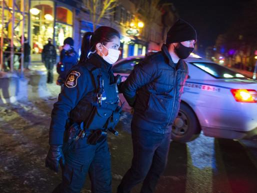 Protestas por toque de queda en Quebec