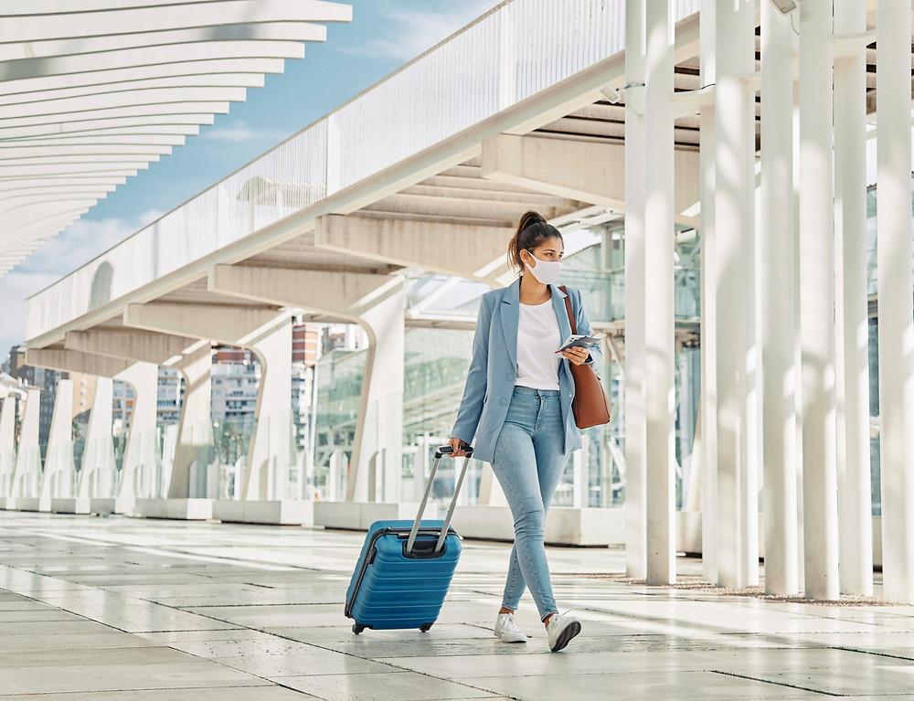 Canadá extiende las restricciones de los viajes internacionales no esenciales.
