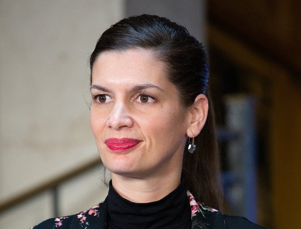 La viceprimera ministra, Geneviève Guilbault, anunció la decisión en Twitter el viernes, calificándola de cuestión de seguridad.
