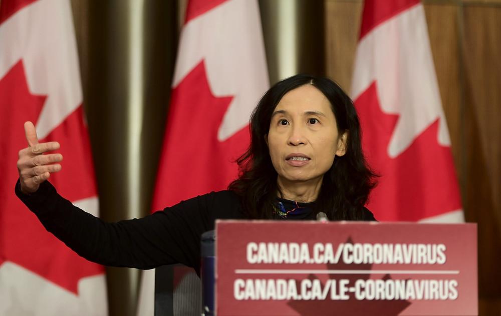 La directora de salud pública, la Dra. Theresa Tam, ofrece una actualización sobre la pandemia de COVID-19 durante una conferencia de prensa en Ottawa el viernes 30 de octubre de 2020.
