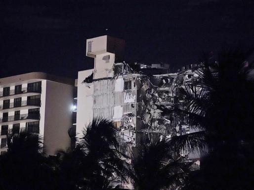 Colapsa el ala de un condominio en Miami
