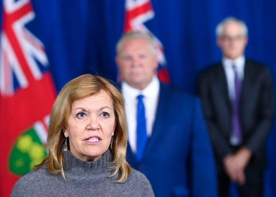 La ministra de Salud, Christine Elliott.